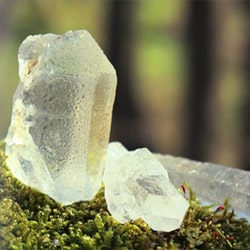 パワーストーン 原石 水晶ポイント