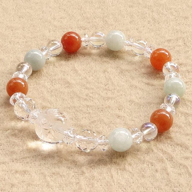 手彫り水晶(蝶と花)xオレンジクォーツァイトx本翡翠など|常に優位な立場で恋愛を楽しむ|ブレスレット