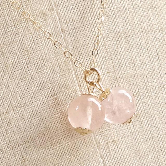 愛を刺激し美しさに磨きをかける モルガナイト(最高ランク・宝石質)Cherryネックレス