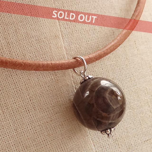 三眼天珠ネックレス 超大粒18mm 丁寧に仕上げられたチベットのお守り