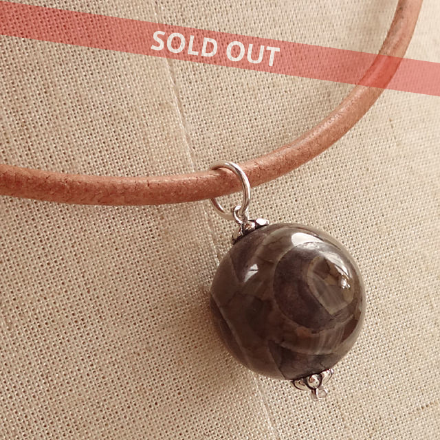 三眼天珠ネックレス|超大粒18mm|丁寧に仕上げられたチベットのお守り