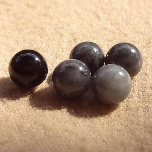 黒翡翠とモリオン