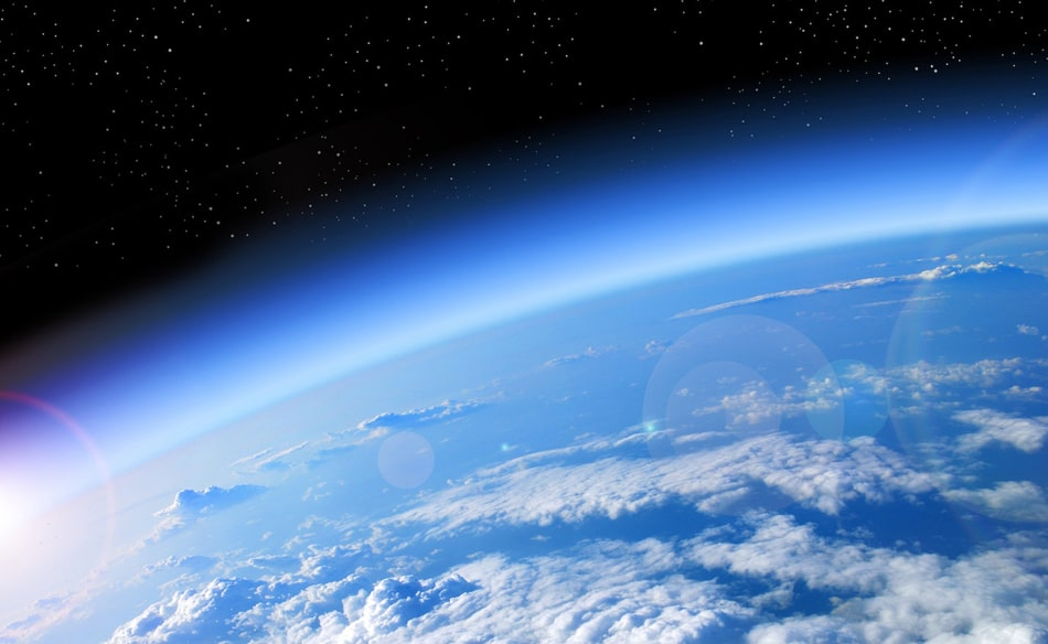 宇宙から眺めた地球